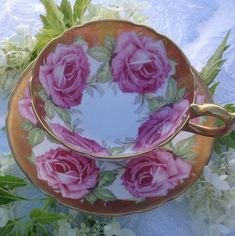 Antique Tea Cups, Vintage Teacups, Most Beautiful Butterfly, Hot Pink Roses, China Tea Sets, Cabbage Roses, Teapots And Cups, How To Make Tea, Gold Paint