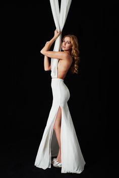 EMANUEL HENDRIK | MIX & MATCH - 2017 | SIDE | SKIRT | MILA | made in Düsseldorf - Germany | IVORY - Chiffon - Slit - Mermaid | Long Chiffon Skirt with a long slit in ivory | Wedding - Destination - Beach - Festival - Wild - Party - Boho - Vintage - Barn - Glamour - Hollywood | Wedding Dress | Fashion - Bridal Couture