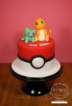 Pokémon Go cake. Pokemon Go Cakes, Pokemon Birthday Cake, 9th Birthday Cake, Pikachu Cake, Pokemon Party, 6th Birthday Parties, Birthday Fun, Birthday Ideas, Charmander Pokemon