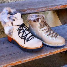 Sélection de bottillons en ligne ! Le froid est là ! #boots #shoes #women #men #cold #winter #look #lookbook #bottes #chaussuresonline #chaussures #manas #paraboot #fashion