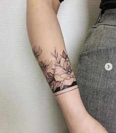 Dainty Tattoos, Feminine Tattoos, Girly Tattoos, Pretty Tattoos, Tribal Tattoos, Tatoos, Cancer Tattoos, Body Tattoos, Hand Tattoos