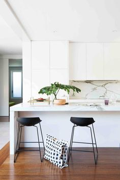 Seamless transition from old to new make this Melbourne home a designer's dream - Homes, Bathroom, Kitchen & Outdoor Home Decor Kitchen, Kitchen Design, Home Renovation, Home Remodeling, Melbourne House, Kitchen Trends, Kitchen Ideas, Kitchen Pictures, Diy Door