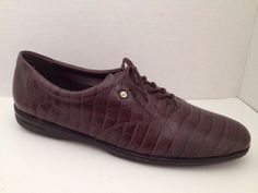 Easy Spirit Shoes Womens Size 10 AA Narrow Brown Motion Oxford Lace Up 10N #EasySpirit #Oxfords #Casual