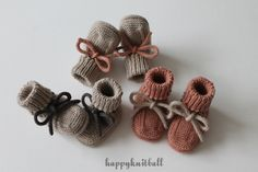 Knit beige baby booties