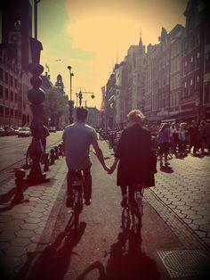 Het leven in Amsterdam, Liefde in Amsterdam.
