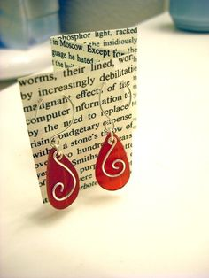 Vinyl Record Earrings - I used shrinky dinks instead: a lot less stinky!