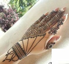 New Eid Special Mehndi Designs _ Easy and Beautiful Mehndi Design Traditional Mehndi Designs, Indian Henna Designs, Stylish Mehndi Designs, Wedding Mehndi Designs, Mehndi Design Pictures, Beautiful Mehndi Design, Simple Mehndi Designs, Mehndi Images, Mehndi Designs For Hands
