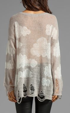 Clouds pullover