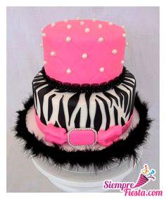 Increíbles ideas para una fiesta de cumpleaños de Zebra Print. ¡Muy divertida! Encuentra todos los artículos para tu fiesta en nuestra tienda en línea: http://www.siemprefiesta.com/celebraciones-especiales/fiestas-para-adultos/zebra.html?utm_source=Facebook&utm_medium=Post&utm_campaign=Zebra