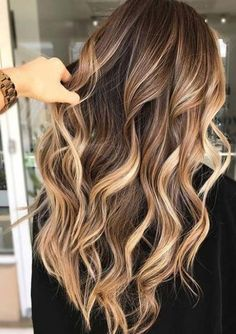 31 Perfections of Brunette Balayage Highlights für 2018 Egal welche . - Frisuren Damen 31 Perfections of Brunette Balayage Highlights for 2018 Egal welche . - forts And Beauty Ash Brown Hair Color, Brown Blonde Hair, Ombre Hair Color, Cool Hair Color, Brown Curls, Hair Colour, Grey Hair, Ash Ombre, Long Hair Colors