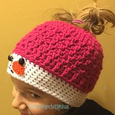 Adorable snowman ponytail hat  for those winter days