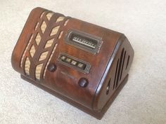 """Rare 1938 Stewart Warner Wood Tube Radio """"Spade"""" #91-513 Ingraham Cabinet"""