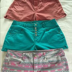 BUNDLE SIZE 12 SHORTS All made of Jean material & in good clean condition! I will split up if you wish....... Old Navy, aeropostle, american eagle Shorts