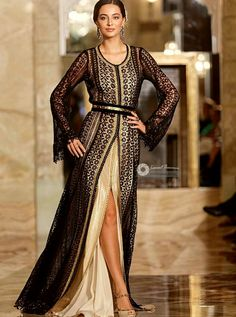 The Bey's kaftan Traditional Fashion, Traditional Dresses, Abaya Fashion, Fashion Dresses, Oriental Dress, Oriental Fashion, Arabic Dress, Space Fashion, Moroccan Caftan
