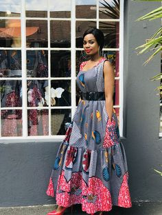 Women's Top/Dress - chic-and-posh African Dresses For Kids, Latest African Fashion Dresses, African Dresses For Women, African Print Fashion, African Attire, Mode Kimono, Shweshwe Dresses, Simple Dresses, Modest Fashion