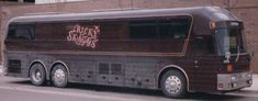 old and new bus photos Star Bus, Bus Motorhome, Prevost Bus, Buses For Sale, Luxury Bus, New Bus, Silver Eagles, Special People, Kentucky