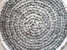 How To Make An Upcycled Crocheted Rug