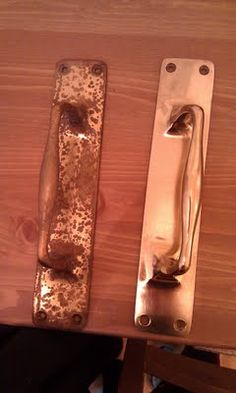 Who Knew? sugar and lemon juice http://handmadebymrsh.blogspot.com/2011/07/how-to-clean-brass-handles-and-stuff.html