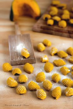 Gnocchi di zucca | Ricetta gnocchi di zucca | Non solo le torte di Anna Pizza Recipes, Salad Recipes, Almond Paste Cookies, Gnocchi Pasta, Antipasto, Creative Food, Food Plating, Cooking Time, Finger Foods