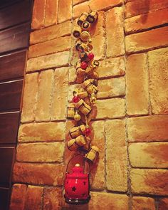 #クリスマス  #一足早く飾り付け  #コルク  #コルクアート  #今回はシャンパンコルク  #シャンパンコルク  #christmas  #cork  #corkart  #champagne