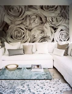 grey rose wall paper - LOVE that wall