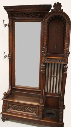 Victorian Stick & Ball Oak Hall Tree with mirror and seat. Oak Bedroom Furniture, Victorian Furniture, Victorian Decor, Home Decor Furniture, Victorian Homes, Antique Furniture, Home Furnishings, Geek Furniture, Furniture Repair