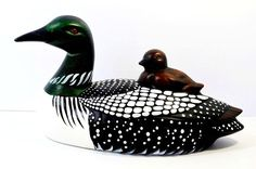 Porcelain Figurine Duck LOON with Chick Country Ceramica Sayner WI Italian Pottery, Ceramic Animals, Pottery Studio, Handmade Pottery, Animal Design, Ceramic Pottery, Sculptures, Carving, Bird