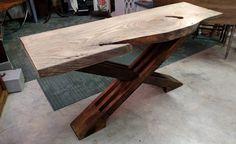 Blue Magnolia Designs creates custom reclaimed furniture in St. Petersburg. We specialize in uniques repurposed pieces and custom carpentry.