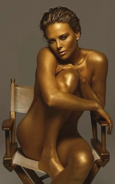 Charlize Theron gold http://www.pinterest.com/PinFantasy/arte-~-de-la-piel-skin-art-~-tattoo-body-painting/