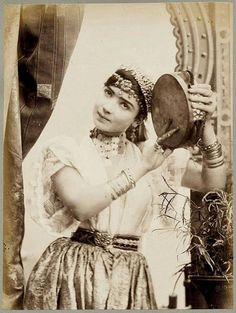 Algeroise au tambourin
