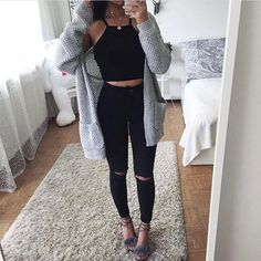 Outfits For School – Page 7940404472 – Lady Dress Designs Look Fashion, Teen Fashion, Fashion Outfits, Womens Fashion, College Outfits, Outfits For Teens, School Outfits Highschool, Mode Outfits, Stylish Outfits