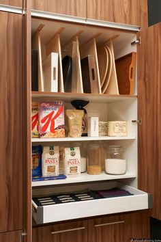 tray dividers in kitchen
