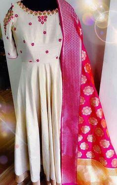 Pakistani Dress Design, Pakistani Dresses, Indian Dresses, Indian Outfits, Indian Clothes, Traditional Dresses Designs, Traditional Outfits, Ethnic Fashion, Indian Fashion