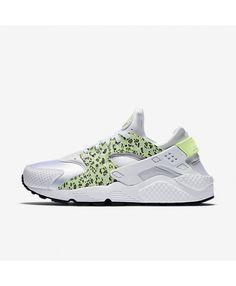 super popular ab4cf 51508 Nike Air Huarache Premium White Pure Platinum Black Ghost Green Trainers