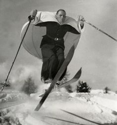 Ski-zeilen / 'Ski-sailing', a new sport invented in Austria, demonstrated in St. Vintage Ski, Vintage Winter, Vintage Black, Tarzan, Old Pictures, Old Photos, Crazy Pictures, Funny Pictures, Vintage Photographs