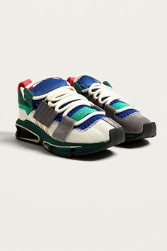 huge discount 12c14 e54a2 adidas Originals Twinstrike ADV Green Core Trainers  Urban Outfitters   Mens  Shoes  Trainers