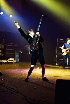 Angus Young - AC/DC............