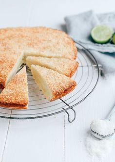 Boterkoek met kokos en limoen – Food And Drink Dutch Recipes, Baking Recipes, Sweet Recipes, Dessert Cake Recipes, Sweets Cake, No Bake Cake, Pie Cake, Kokos Desserts, Food Cakes