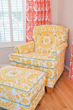 Love a bright preppy corner and need those window treatments!