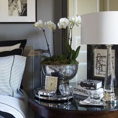 How to Accessorize your Nightstand_5