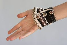 Creme  Brown Crochet Bracelet with Polymer Clay Face par ellisaveta, $88.00