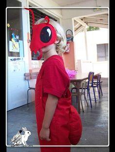 Costume de fourmi rouge