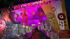 We can provide you any type of wedding planner in Lucknow you prefer extravagant, traditional and royal. take your all pain and keep you free to welcome your guests and enjoy wedding with your loved ones Best Wedding Planner, Wedding Planning, Stage Decorations, Wedding Decorations, Royal King, Wedding Couples, Wedding Events, Dream Wedding, Custom Design