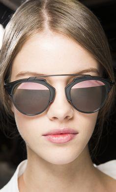 Christian Dior Spring 2016 Óculos De Sol Dior, Coleção Primavera, Óculos De  Sol Feminino a48ed6c0cd