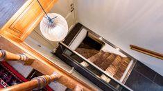 Het aanbrengen van een glazen vloerluik in uw woning zorgt voor een ruimtelijk effect. Uw (wijn)kelder wordt op een stijlvolle en praktische manier verbonden aan de bovenliggende ruimte. Wij gaan altijd voor hoogwaardige kwaliteit, in combinatie met een geweldige uitstraling. Bath Caddy, Vacuums, Home Appliances, House Appliances, Appliances, Vacuum Cleaners