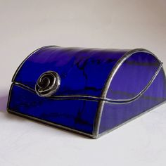 Items similar to Stained glass jewelry box - cobalt art deco style on Etsy Art Deco Stil, Modern Art Deco, Cobalt Glass, Cobalt Blue, Sea Glass, Vase, Art Nouveau, Kobalt, Glass Jewelry Box