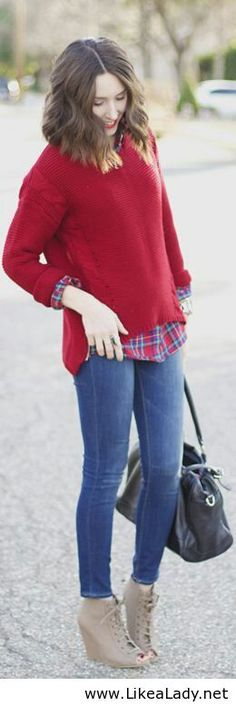 Red blouse and jeans - Casual style