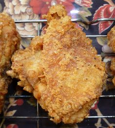 Guam Style The best fried mustard chicken I ever made. Guam Recipes, Asian Recipes, Gourmet Recipes, Cooking Recipes, Chamorro Recipes, Chamorro Food, Cooking Temp For Beef, Cooking Turkey, Country Chicken