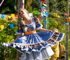 Angélica dança no programa junino (Foto: Fabiano Battaglin/Gshow)