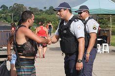 Sexta-feira tem mais polícia nas ruas - http://noticiasembrasilia.com.br/noticias-distrito-federal-cidade-brasilia/2015/01/30/sexta-feira-tem-mais-policia-nas-ruas/